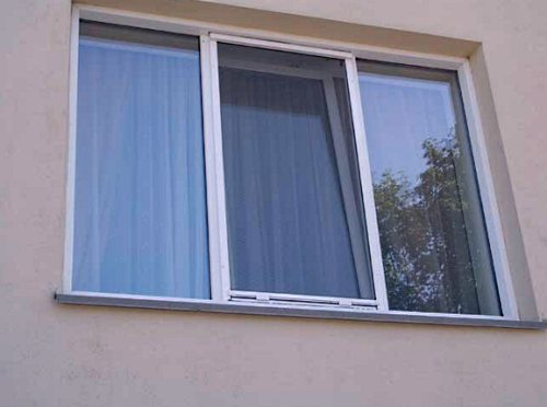 Необходимые аксессуары к пластиковым окнам.
