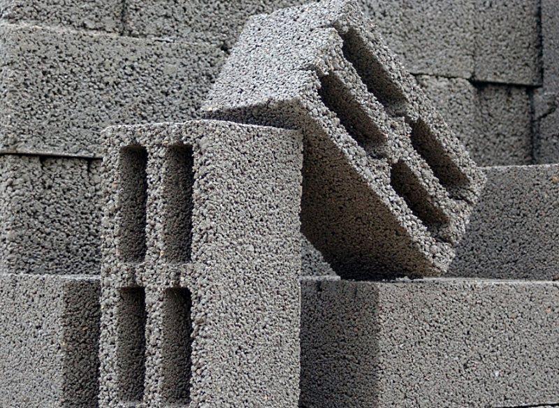 Основные плюсы и минусы керамзитобетонных блоков.
