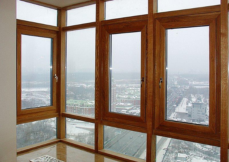 Деревянные окна.