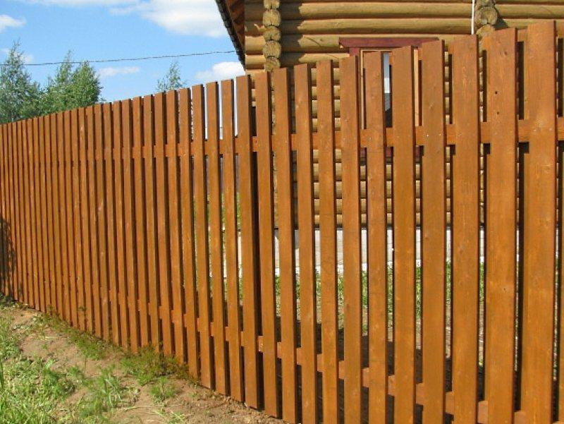 фото деревянного забора