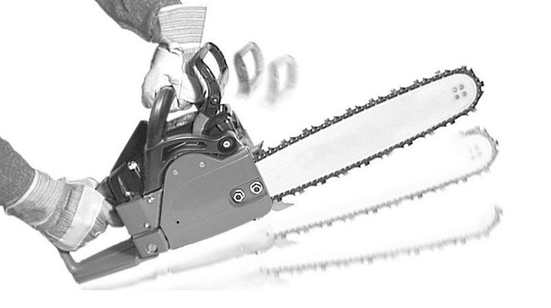 Срабатывание тормоза цепи при обратном ударе