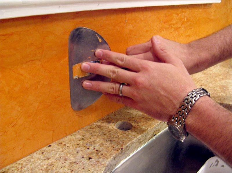 Венецианская штукатурка нанесение своими руками фото