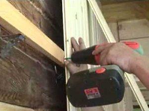 Как крепить вагонку к стене