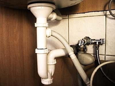 Подключение к канализации, организация слива