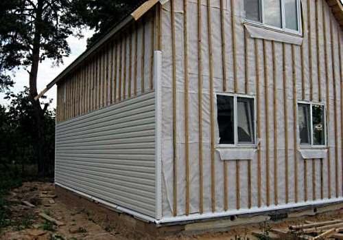 Монтаж сайдинга при строительстве каркасного дома своими руками
