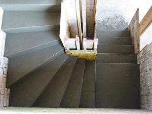 Бетонная лестница своими руками