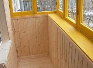 Как правильно обшить балкон вагонкой?