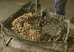 Как замесить бетон вручную