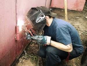 Как правильно приварить петли на ворота?