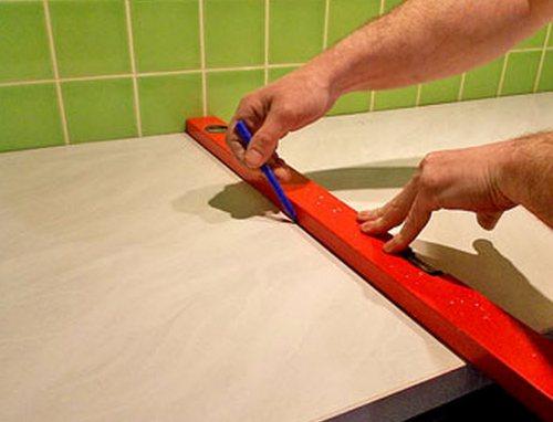 Установить варочную панель в столешницу