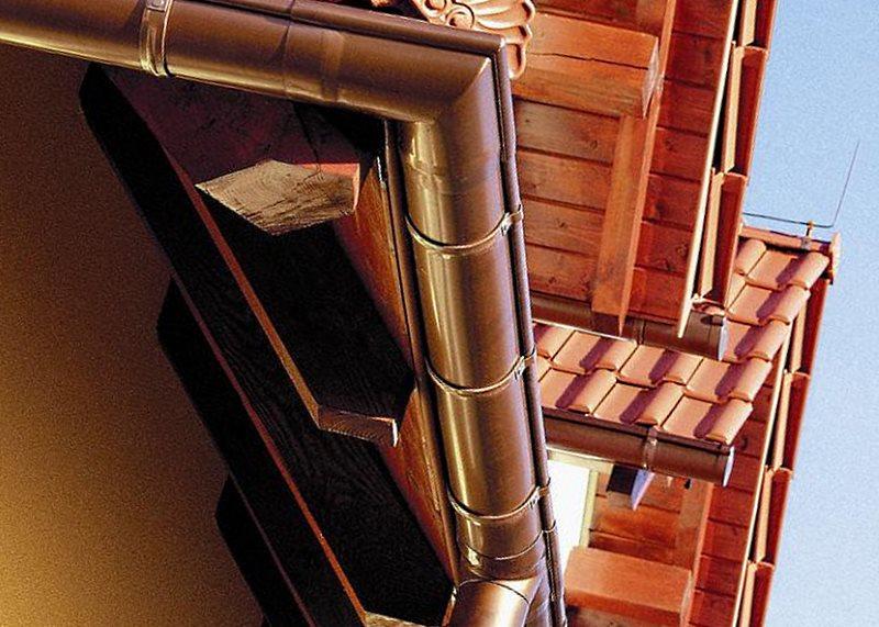 отлив на крышу из оксидированной меди