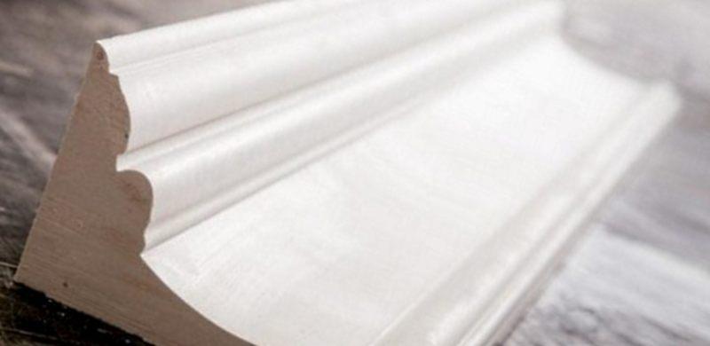 гипсовый потолочный плинтус